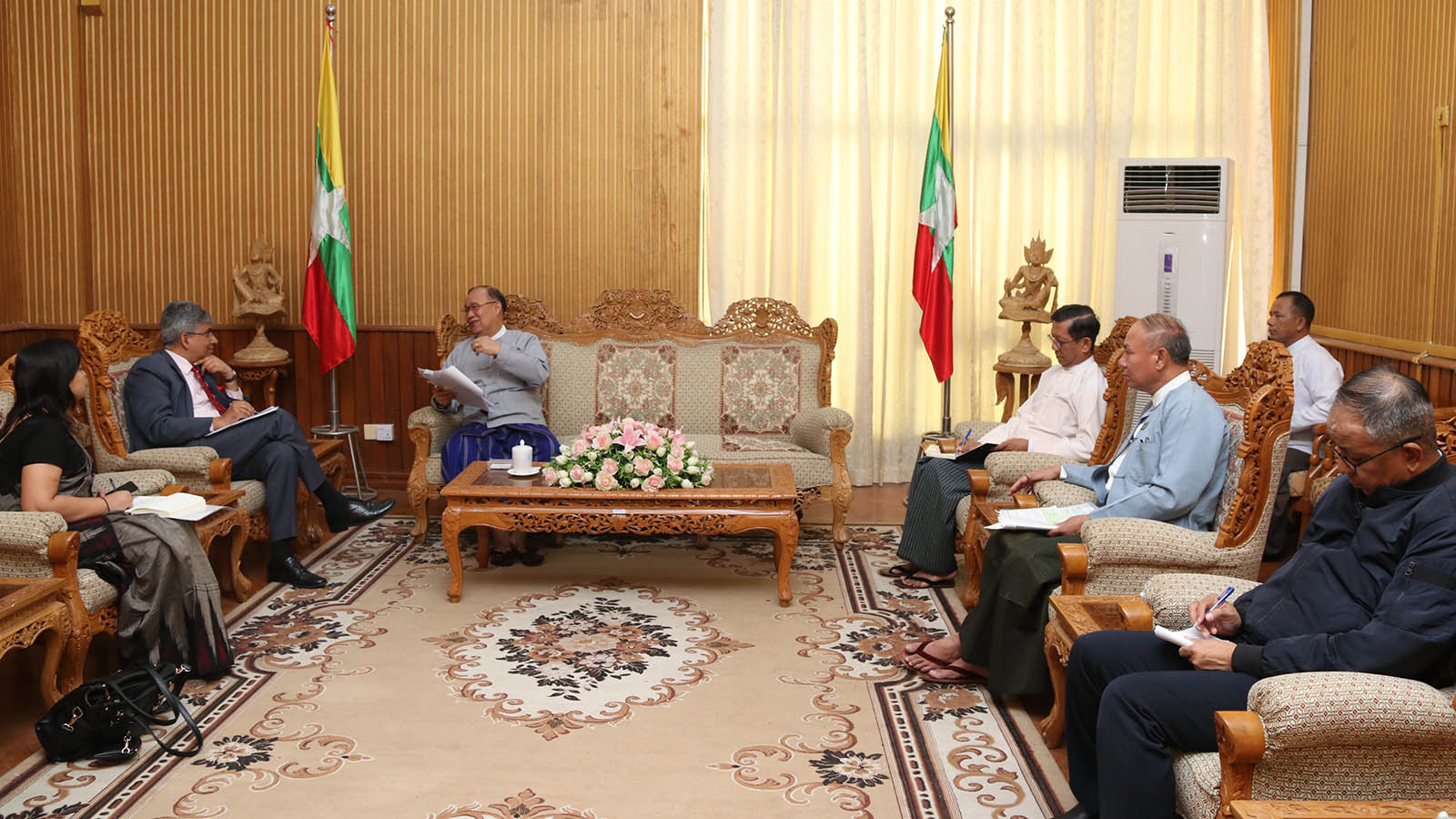 Union Minister U Thant Sin Maung meets with Indian Ambassador Mr Saurabh Kumar at the Ministry of Transport and Communications in Nay Pyi Taw yesterday.Photo: MNA
