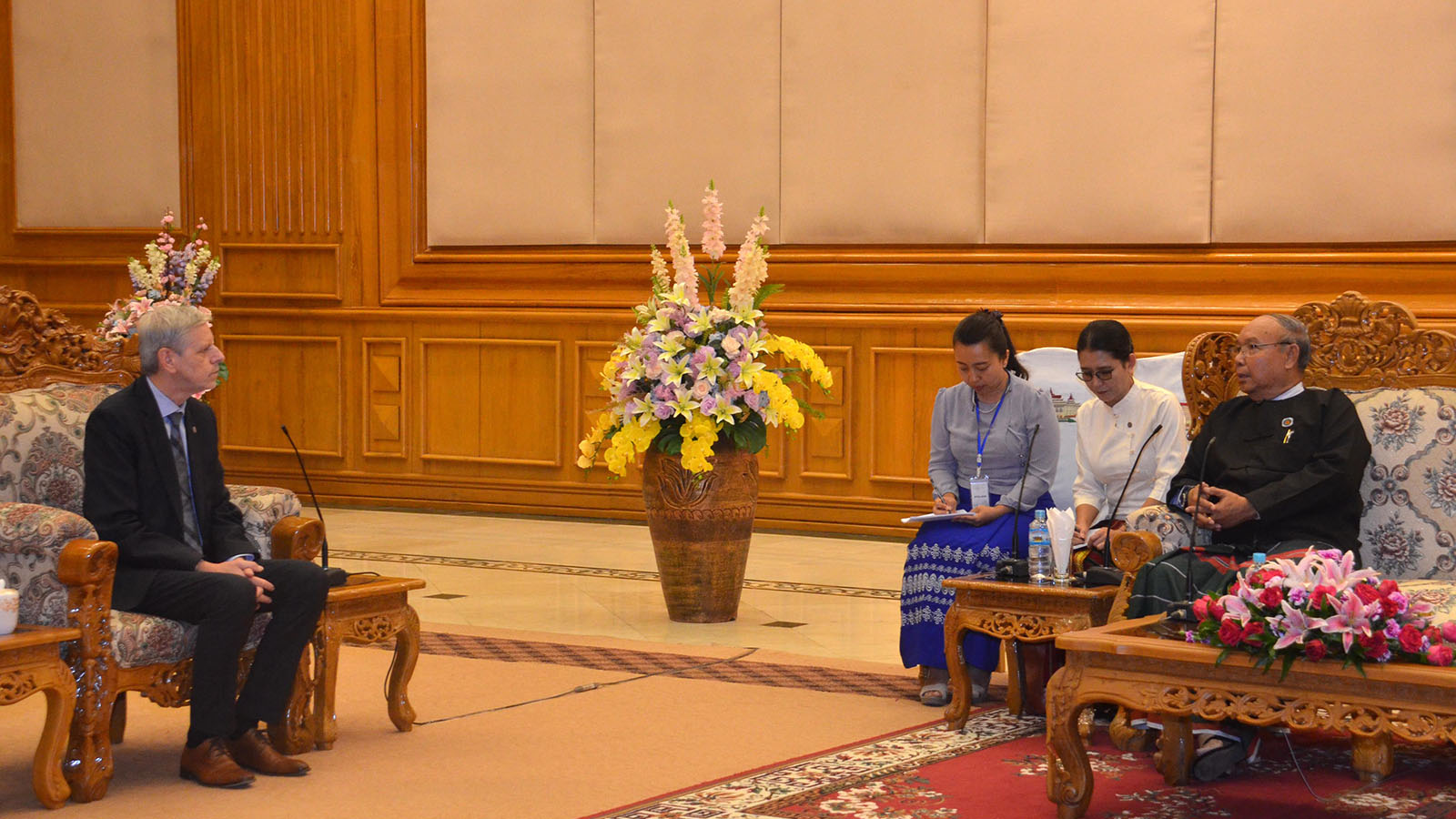 Amyotha Hluttaw Speaker Mahn Win Khaing Than meets with Mr Jan Hornik, Vice President of the Czech Republic's Senate, in Nay Pyi Taw yesterday.Photo: MNA