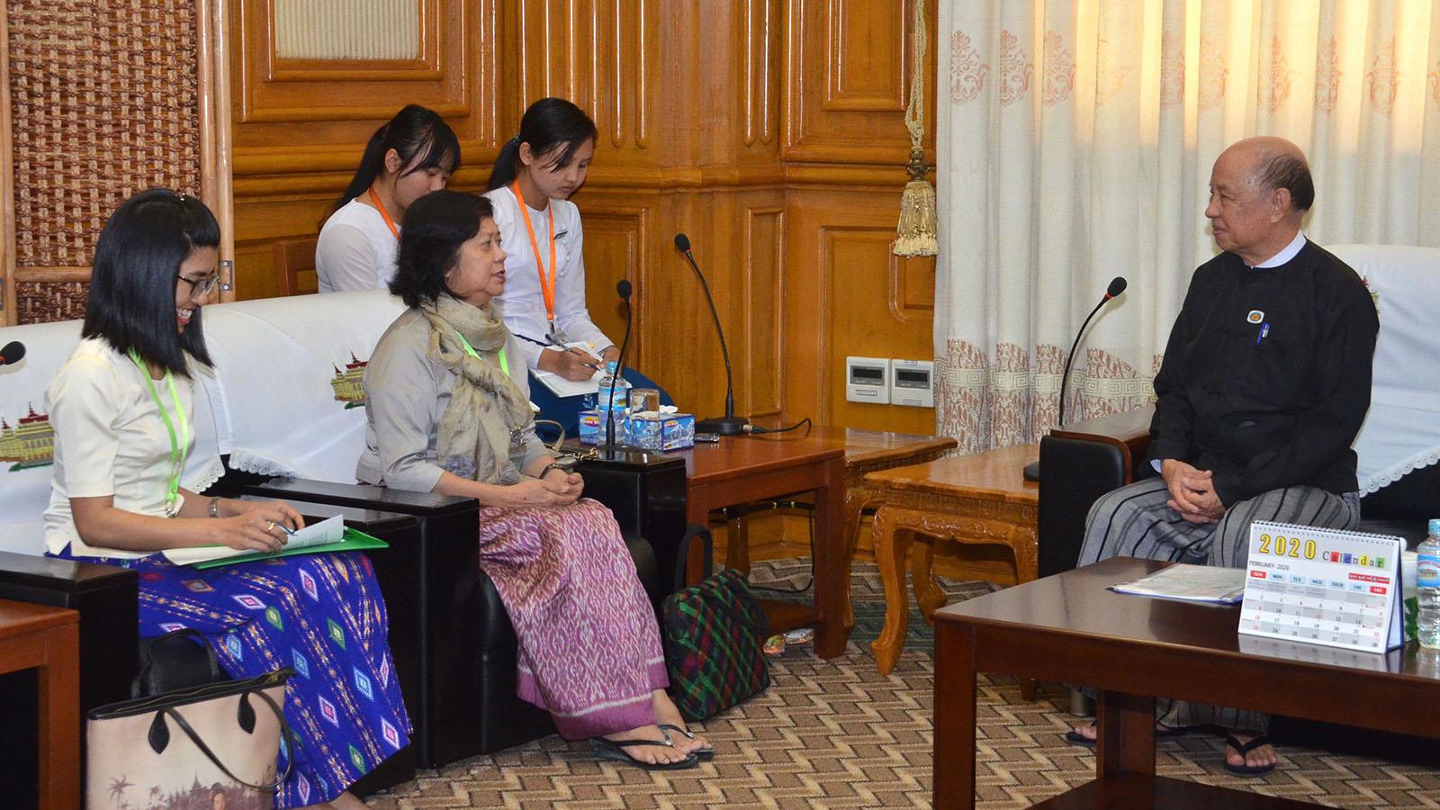 Pyithu Hluttaw Deputy Speaker U Tun Tun Hein meets with Managing Director of the Bower Group Asia (Myanmar) Daw Tin May Thein (Judy Ko) in Nay Pyi Taw yesterday.Photo: MNA