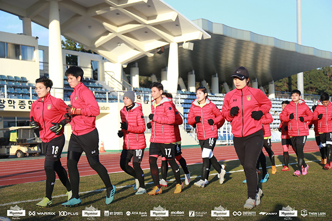 The Myanmar women's national football team trained yesterday at the Kang Chang-Hak football stadium in Jeju Island, South Korea. Photo: MFF
