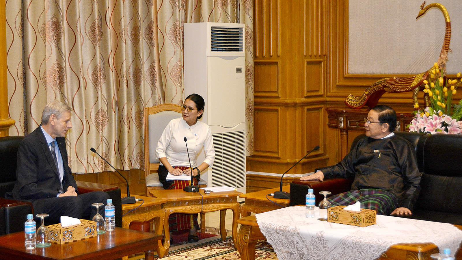 Pyithu Hluttaw Speaker U T Khun Myat meets with Mr Jan Hornik, Vice President of the Czech Republic's Senate, in Nay Pyi Taw yesterday.Photo: MNA