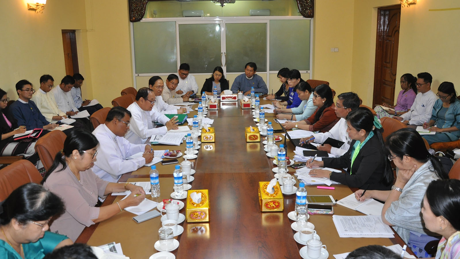 Union Minister Dr Myint Htwe addresses the central level meeting on monitoring and controlling Novel Coronavirus 2019 in Yangon yesterday.Photo: MNA