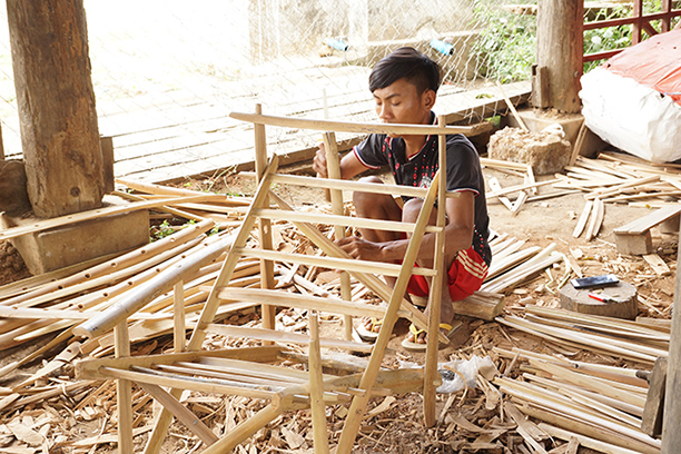 A man making toddy chairs in Monywa.Photo: Ye Aung (Katha)