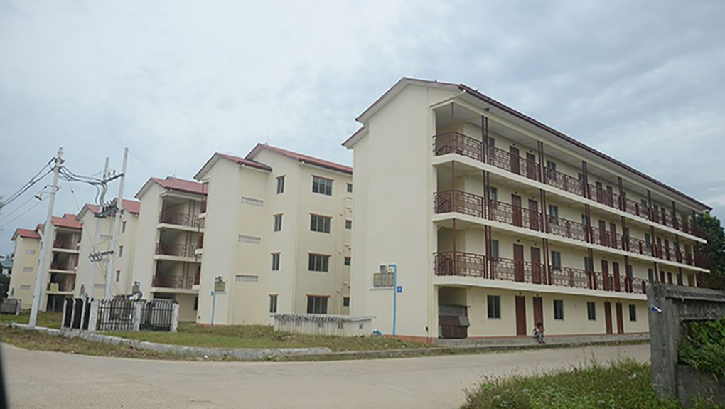 Low-cost apartment buildings in Dagon Seikkan Township.  Photo: Phoe Khwar