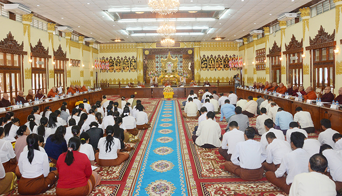 Second day meeting of the 47-member of leading committee of the 8th State Sangha Maha Nayaka Committee being convened at the Wizaya Mingalar Dhammathabin Hall in the precinct of Kaba Aye pagoda in Yangon yesterday. Photo: MNA