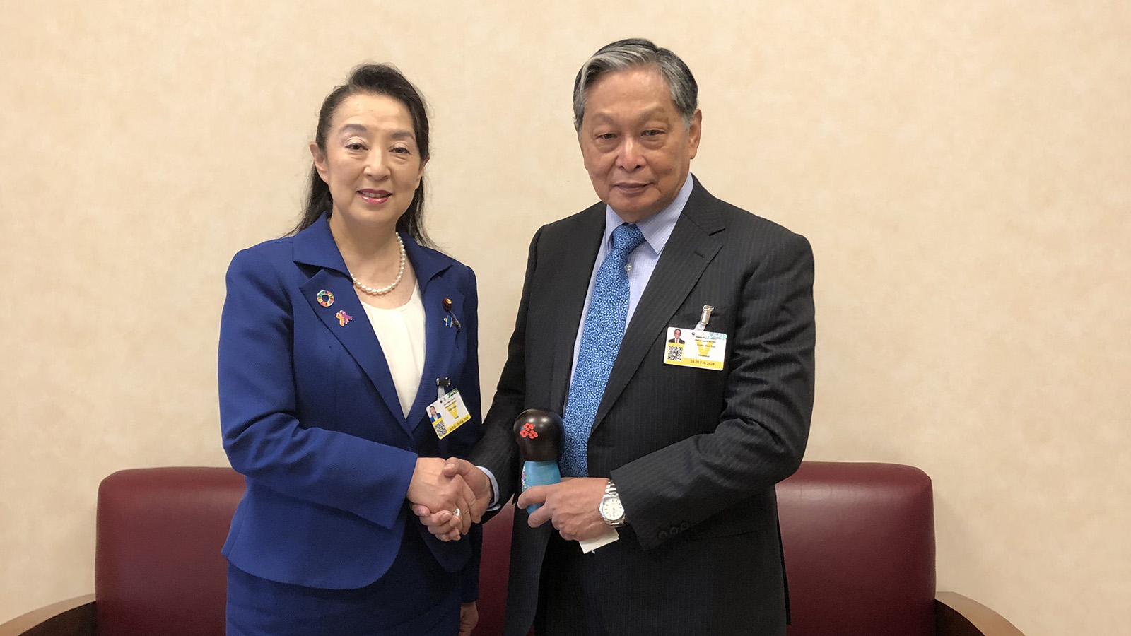 Union Minister U Kyaw Tint Swe meets with Ms Omi Asako, Parliamentary Vice-Minister for Foreign Affairs of Japan. Photo: MNA