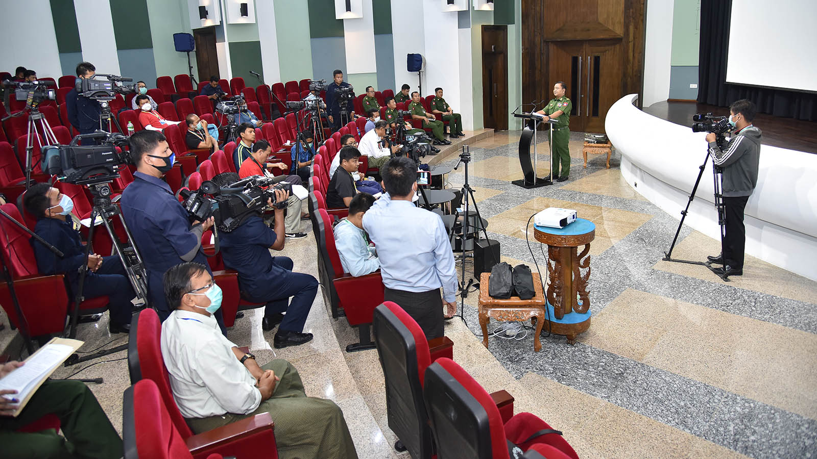 Secretary of the Tatmadaw True News Team Brig-Gen Zaw Min Tun speaking at the press conference in Nay Pyi Taw yesterday.Photo: MNA