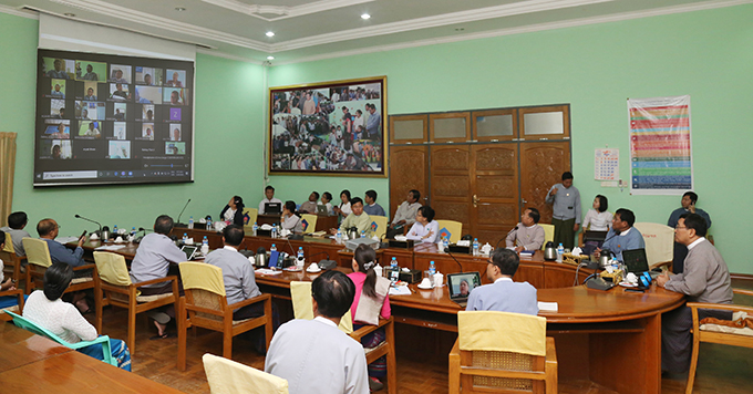 Union Minister Dr Win Myat Aye holds the video conferencing with officials of the ministry in regions and states over prevention of the spread of Coronavirus Disease 2019 (COVID-19) yesterday.  Photo: mna