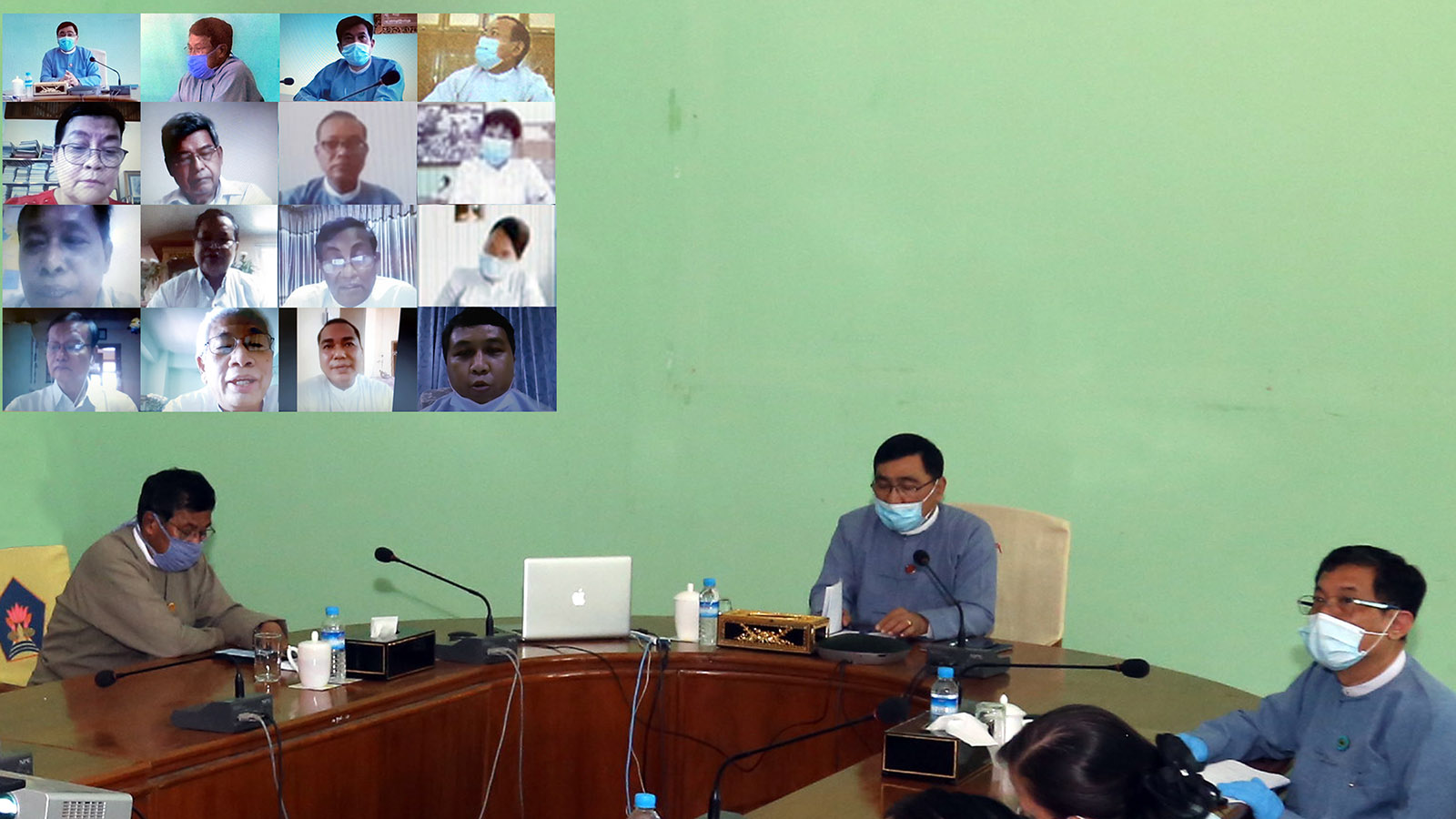 Union Minister Dr Win Myat Aye holds the video conference on COVID-19 pandemic while carrying out disaster management plans in upcoming monsoon season.Photo: MNA