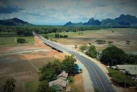 New Naung Lone Bridge ensures vehicle safety in Hpa-an