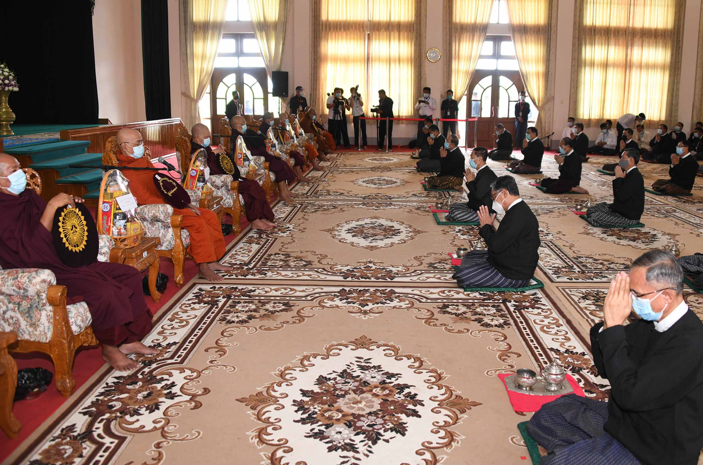Senior government officers pay homage to the Members of Sangha at the 'soon' offering ceremony in Nay Pyi Taw on 19 July 2020 to commenmorate 73rd Anniversary of Martyrs' Day.Photo: MNA