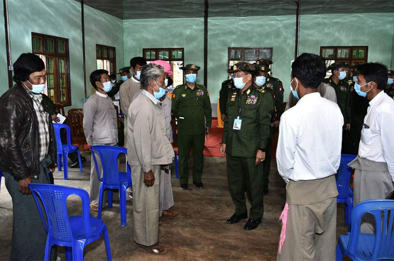 Senior General Min Aung Hlaing meets with locals in Sinnat Chaung Village of Ywangan Township in Danu Self-Administered Zone on 14 July.  PHOTO: Commander-in-Chief of Defence Services
