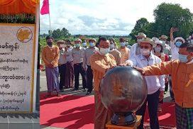 Union Construction Minister opens bridges in Ottwin, Shwekyin