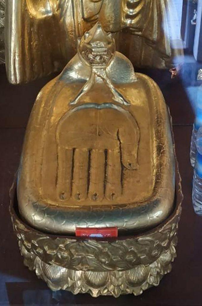 Lattawya Buddha Image seen in the precinct of Kotawpyauk Pagoda.