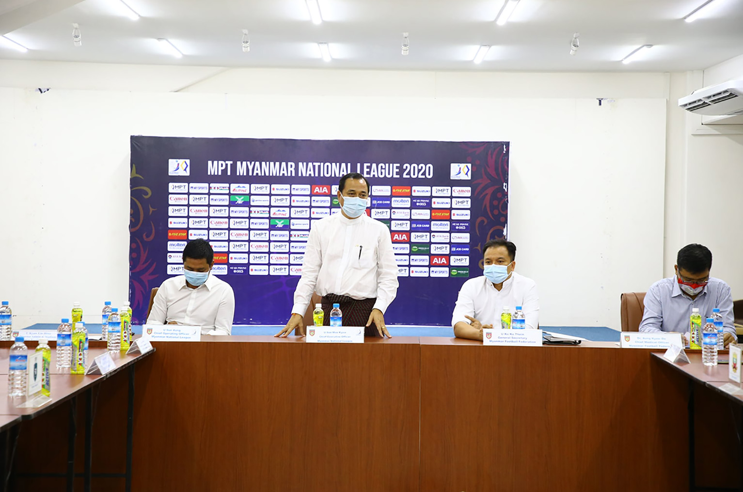 Football authorities focus on Myanmar National League's preparations at the coordination meeting in Yangon on 6 August.Photo:MNL