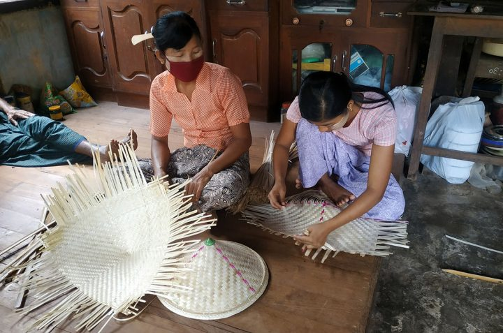 Making Bamboo Hat