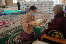 Union Minister Thura  U Aung Ko donates rice to monasteries, nunneries in Nay Pyi Taw
