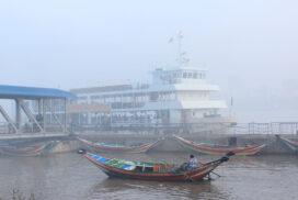 Fog causes delay for Pansodan-Dala ferry service