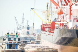 Maritime trade drop by $3.76 bln in current FY