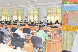 Mandalay Region Administration Council holds meeting with district, township councils