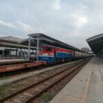 1 2 Train