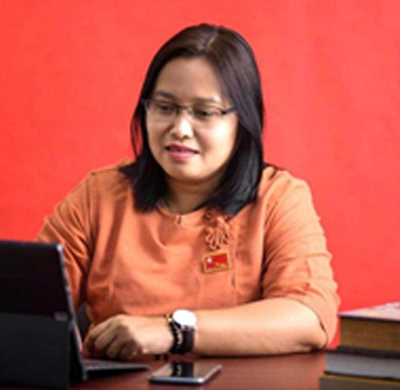Daw Zin Mar Aung 04