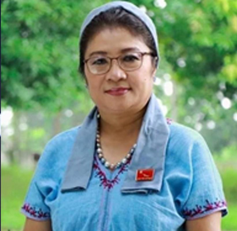Dr Too Khaung 13