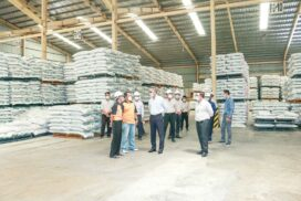 Union Minister U Aung Naing Oo inspects investment activities in Myotha Industrial Zone