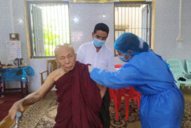 Tatmadaw provides COVID-19 vaccine to venerable monks