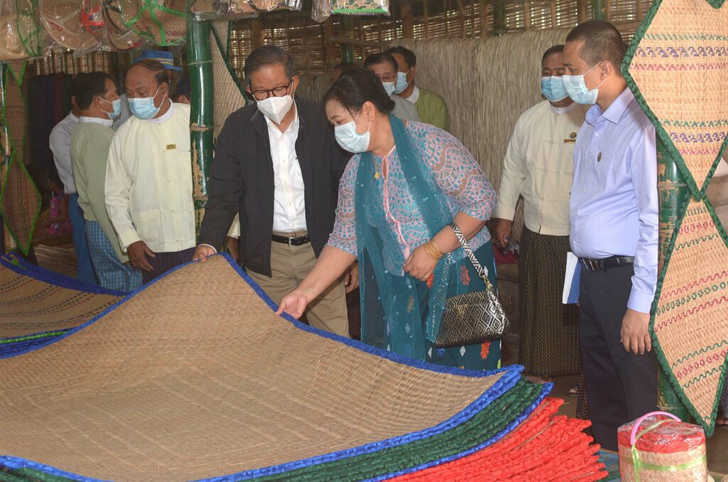 Manufacturers urged to seek ways for commercial-scale manufacturing of products, penetrate local and foreign markets