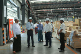 Union Minister U Aung Naing Oo inspects investment activities in Mandalay Region