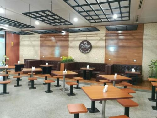 Cafe corner5